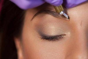 microblading eyebrow procedure